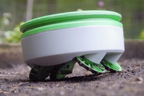 Tertill weeding robot