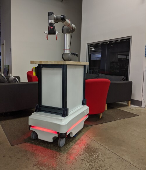 Robotic Materials GPR-1 combines a MIR-100 autonomous cart with an UR-5 collaborative robotic arm, an onRobot F/T sensor and Robotic Materials' SmartHand to perform out-of-the box mobile assembly, bin picking, palletizing, and depalletizing jobs.